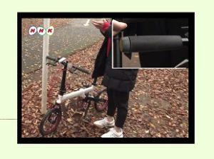 磁石の力で自転車を停められるハンドルグリップ「マグネットスタンド」NHKおはよう日本まちかど情報室